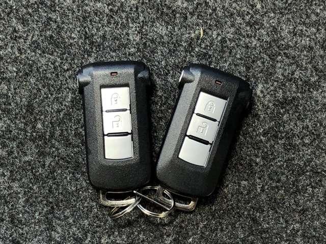 660 X 助手席回転シート 衝突被害軽減ブレ-キ&メモリーナビ・全周囲カメラ・ETC・左側電動スライドドア・ドライブレコーダー付(5枚目)