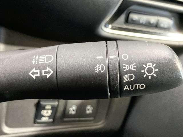 ハイウェイスター VセレクションII 2.0 ハイウェイスター VセレクションII 衝突被害軽減ブレ-キ&メモリーナビ・全周囲カメラ・両側電動スライドドア・パーキングアシスト・クルーズコントロール・オートライト・LEDヘッドライト付(15枚目)