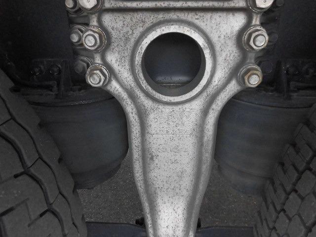いすゞ ギガ いすゞ 3軸エアサスアルミウィング