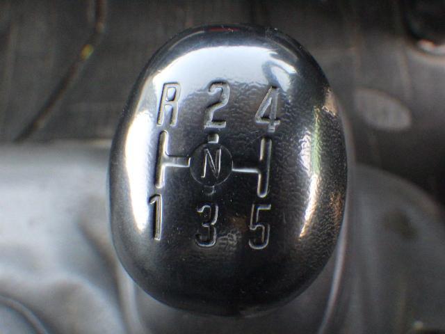いすゞ2トンアルミバン(14枚目)