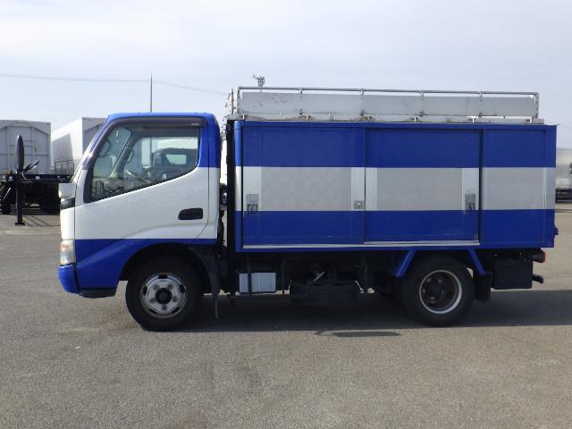 H19 トヨタ 2トン ボトルカー(3枚目)