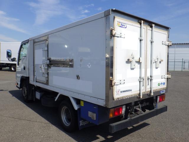 いすゞ 1.5トン 低温 冷蔵冷凍車(4枚目)