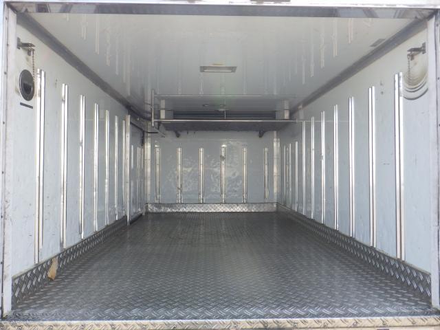 いすゞ 1.5トン 低温 冷蔵冷凍車(6枚目)