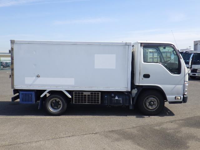いすゞ 1.5トン 低温 冷蔵冷凍車(8枚目)