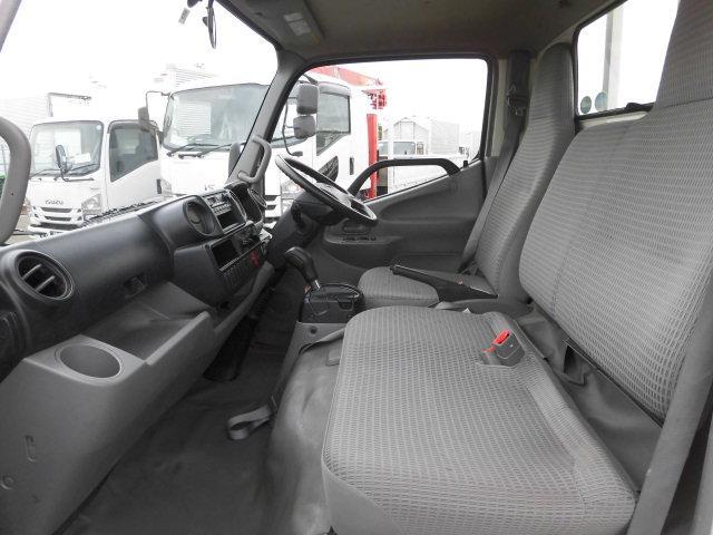 平成26年式 トヨタ2トン低床平ボディ(15枚目)