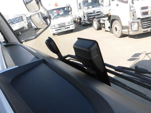 衝突被害軽減ブレーキ・車線逸脱警報装置
