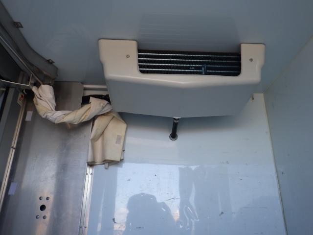 冷凍機THERMO KING