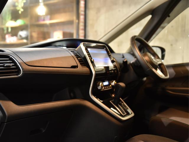ハイウェイスター Vセレクション ロジャム コンプリート 車高調 レイズ19AW 塗分け塗装 ディライト ドレスアップ アラウンドビューモニター フリップダウン デカナビ(28枚目)
