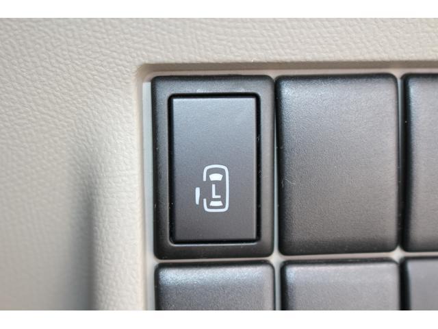 両側スライド片側電動ドアです♪