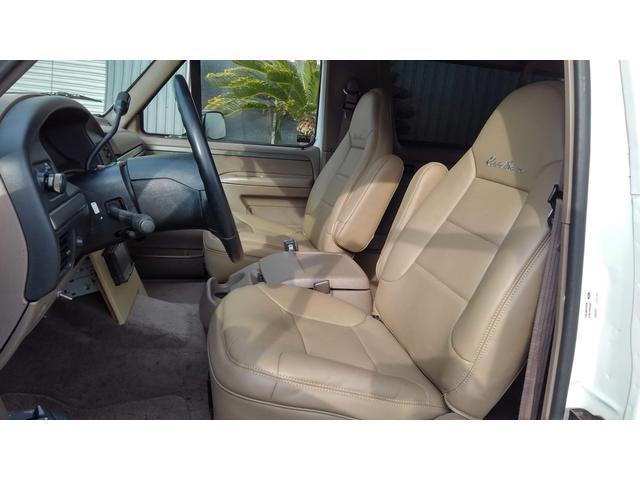 「フォード」「フォード ブロンコ」「SUV・クロカン」「滋賀県」の中古車13