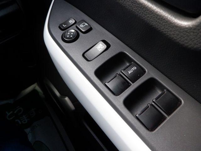 Xターボ シートヒーター付 スマ-トキ- ベンチシート キーレス オートエアコン 横滑り防止装置 ABS アイドルS イモビライザー キセノンヘッドランプ サポカー ETC付き パワーウインドウ(16枚目)