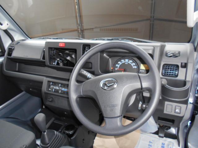 各車種オーダー可能です。5MT車 AT車 4WD スマートアシスト等のメーカーオプションに対応できます。ディーラーオプションも取付可能です。