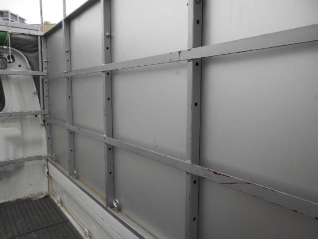 荷物のサイズで室内高を5段階で変えれます。