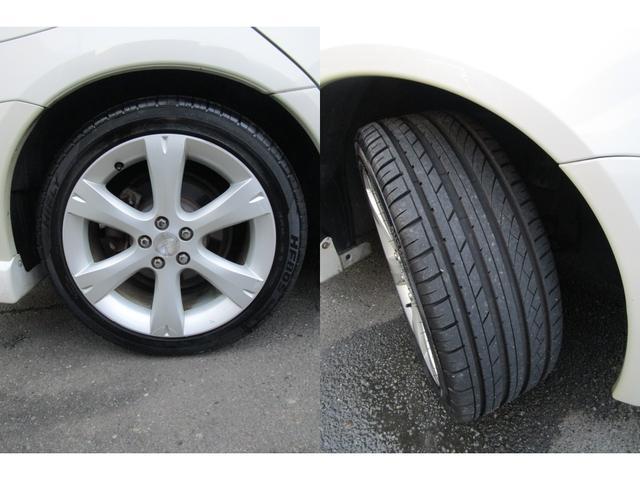 純正17インチアルミ。215/45R17 を履いておりタイヤも溝もタップリあります。