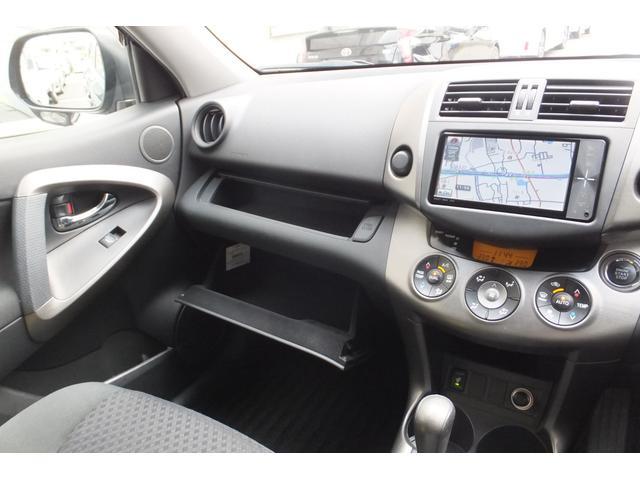 「トヨタ」「ヴァンガード」「SUV・クロカン」「大阪府」の中古車16