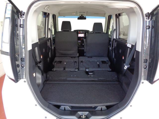 カンタンにシートが格納できて、広々空間もあっという間☆ロングドライブの休憩にも使ってください♪
