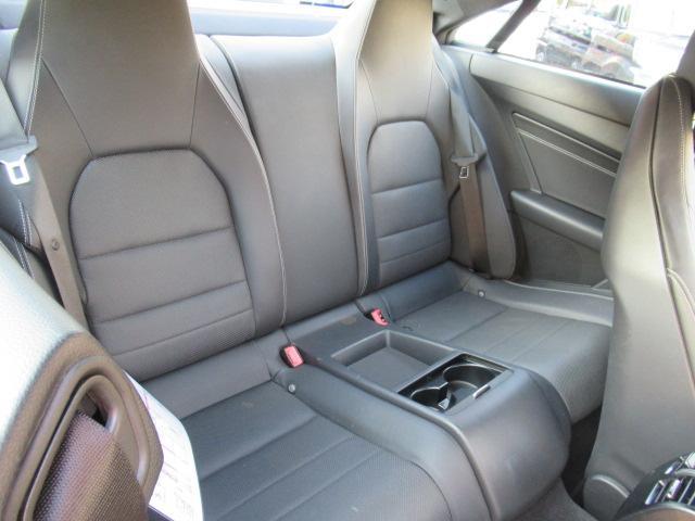 E250クーペAMGスポーツP レザーシート 保証付(14枚目)