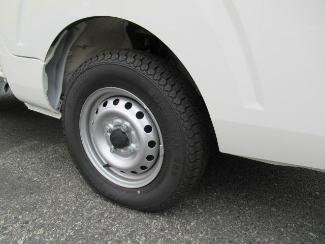 スタンダード SAIIIt 4WD AT 登録済未使用(12枚目)