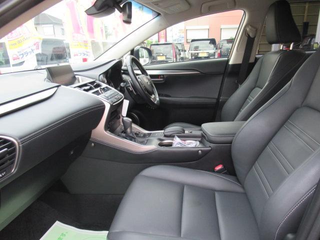「レクサス」「NX」「SUV・クロカン」「京都府」の中古車29