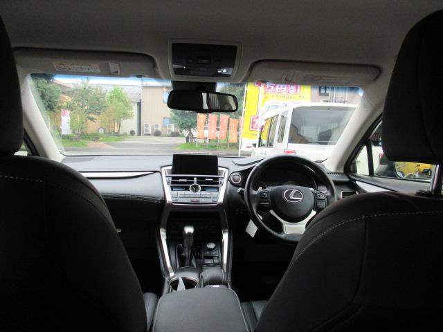 「レクサス」「NX」「SUV・クロカン」「京都府」の中古車49