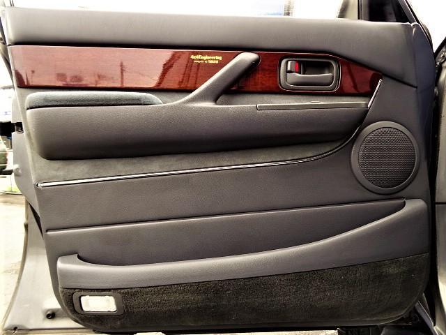 「トヨタ」「ランドクルーザー80」「SUV・クロカン」「大阪府」の中古車21