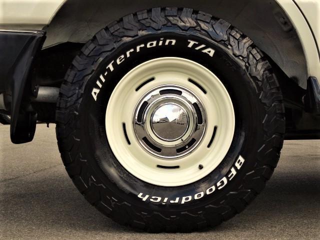 BFグッドリッチKO2オールテレンタイヤにDEANクロスカントリーの鉄板チョイスが憎いです。