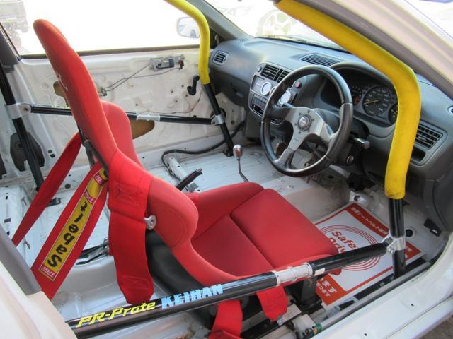 タイプR EK9 B20Bエンジン レースカー 10点式ロールバー Fインテーク FRPボンネット FRPフロントフェンダー FRPドア アクリルウィンドー ワイドラジエター オイルクーラー メッシュBホース(14枚目)