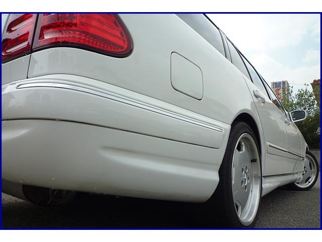 メルセデス・ベンツ M・ベンツ E320ステーションワゴン アバンギャルド 19INアルミ