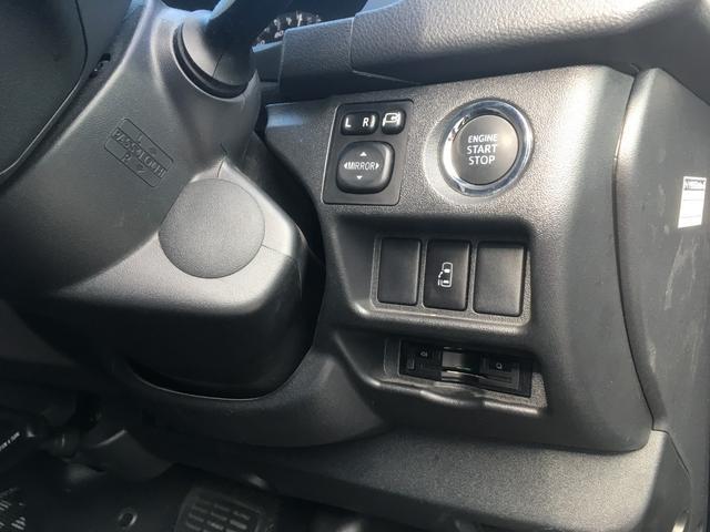 トヨタ ハイエースワゴン GL・UIヴィークルコンプリートカー・フローリング仕様