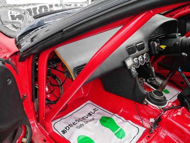 オクヤマ様で製作いただいたボディになります☆製作後は、スポーツ走行しておりません☆オクヤマワンオフロールケージ(サイドバー&クロスバー)☆http://www.carbing.co.jp