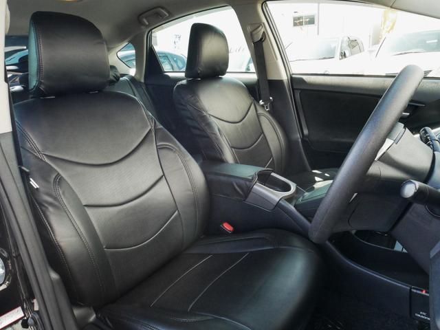座り心地の良いブラックレザーシートカバーも装着済み☆もちろん新品です☆長距離の移動でも体がラクです☆