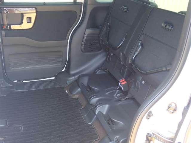 G・Lターボホンダセンシング オーディオレス 両側パワースライドドア キーフリー ESC LEDヘッド ターボ車 バックカメ クルコン ETC スマートキー アルミ ベンチシート アイドリングストップ 盗難防止装置 ABS(13枚目)