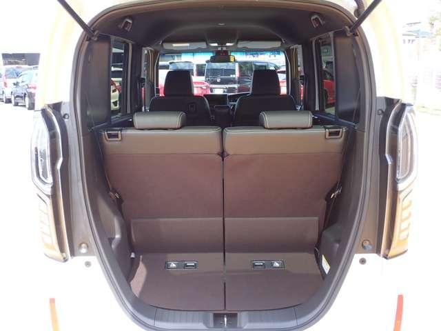 G・Lターボホンダセンシング オーディオレス 両側パワースライドドア キーフリー ESC LEDヘッド ターボ車 バックカメ クルコン ETC スマートキー アルミ ベンチシート アイドリングストップ 盗難防止装置 ABS(14枚目)