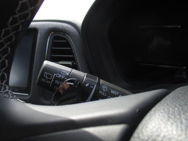 ハイブリッドRS・ホンダセンシング LEDライト シートヒー ナビTV フルセグT ETC メモリーナビ アイドリングストップ DVD アルミ 盗難防止システム オートクルーズ スマキー リアカメ 衝突軽減ブレーキ付き VSA エアコン(31枚目)