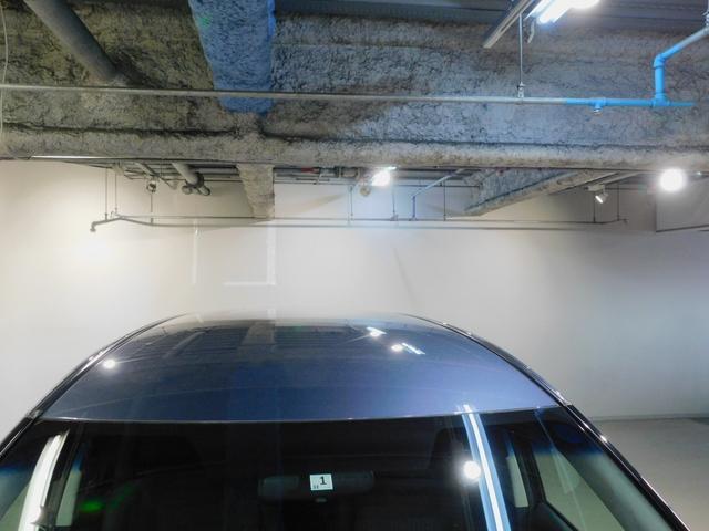 屋根上です。一般では洗浄しづらい部分です。当社の洗浄技術で輝きを蘇らせ、自慢できるキレイさです。是非現車をご覧に来てください。