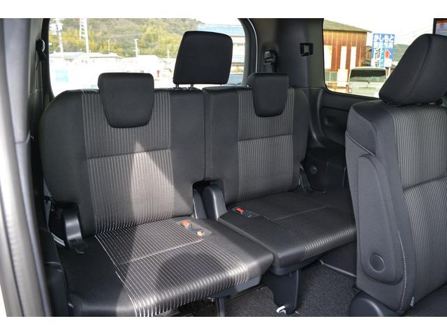 サードシートもゆったりと座れます!両側ワンタッチスイッチ付パワースライドドア付♪お問い合わせは079-280-1118、カーズカフェ カーベル姫路東までお気軽にお電話ください^^
