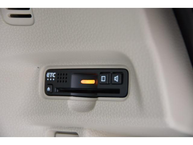 ビルトインタイプETC車載器付きです!(ETCセットアップ込)本体も目立たずにすっきりと♪お問い合わせは079-280-1118、カーズカフェ カーベル姫路東までお気軽に^^
