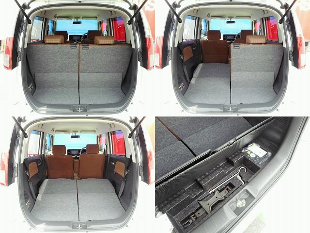 トランクも広々で、使い勝手もいいですよ♪後席を倒せばもっと広々に♪なんとトランク下にもラゲッジスペースもあります♪