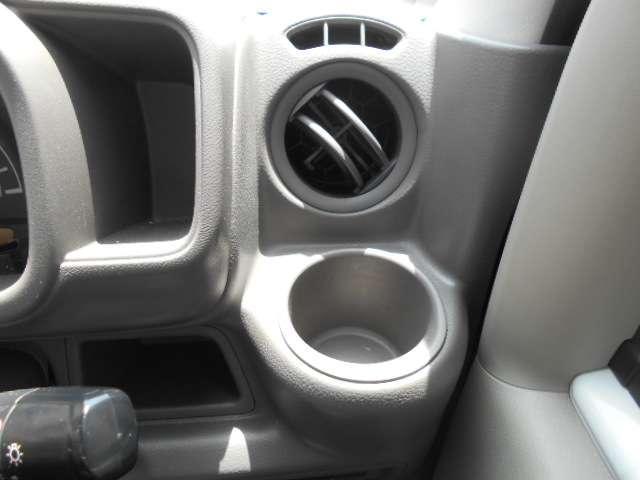660 DX 5AGS車 フルセグ メモリーナビ パワーステアリング ナビTV エアバッグ エアコン ABS CD リアカメラ ワイヤレスキー ワンオーナー車 運転席助手席エアバック(9枚目)