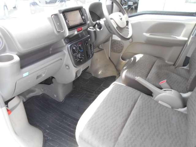 660 DX 5AGS車 フルセグ メモリーナビ パワーステアリング ナビTV エアバッグ エアコン ABS CD リアカメラ ワイヤレスキー ワンオーナー車 運転席助手席エアバック(10枚目)