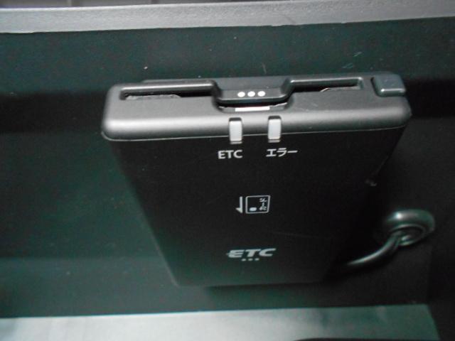 メモリーナビ アラウンドビューモニター LEDライト ETC インテリキー 全周囲 衝突被害軽減ブレーキ付 ワンオーナ AW TV(7枚目)
