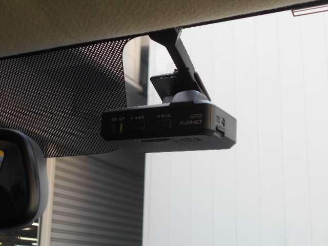 660 ハイウェイスターGターボ HIDヘッドライト キーフリ TVナビ クルコン ドライブレコーダー ABS メモリーナビ ETC アルミホイール ワンセグ オートエアコン アイドリングS アラウンドカメラ サポカーS スマートキ(15枚目)