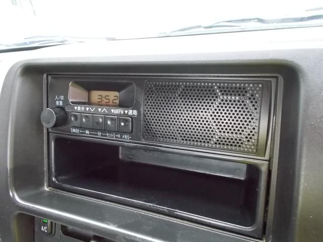 純正ラジオが付いてます!