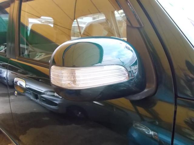 対向車にしっかりアピールできるターンランプ付サイドミラーです☆