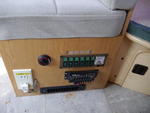 トヨタ グランドハイエース キャンピング 二段ベット シンク 冷蔵庫 5人乗り サブB