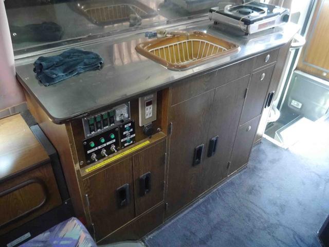 キャンピング 冷蔵庫 100V電源 シンク ガスコンロ CD(14枚目)