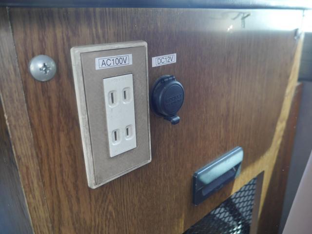 キャンピング 冷蔵庫 100V電源 シンク ガスコンロ CD(18枚目)