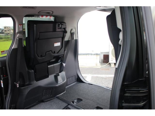 X トヨタセーフティセンス プリクラ ナビTV LEDランプ メモリナビ リアカメラ アイスト キーレスエントリー 地デジ イモビライザー 3列シート クルーズコントロール ETC ABS DVD(49枚目)