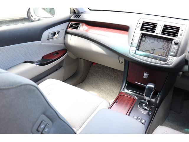 ロイヤルサルーン ナビパッケージ BLITZ車高調 ブレスト20AW スマートキー HDDナビフルセグBカメラ(28枚目)