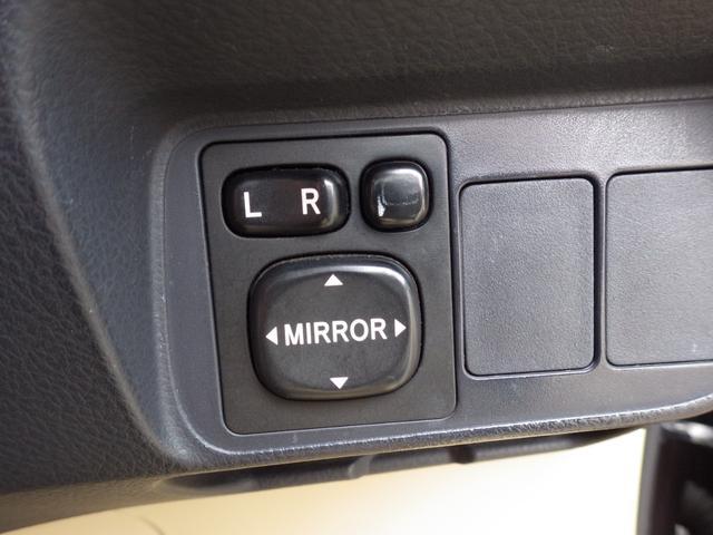 G HDDナビ フルセグTV スマートキー バックカメラ ETC HIDヘッド オートライト AUX ハーフレザーシート 革巻きステアリング ステアリモコン(16枚目)